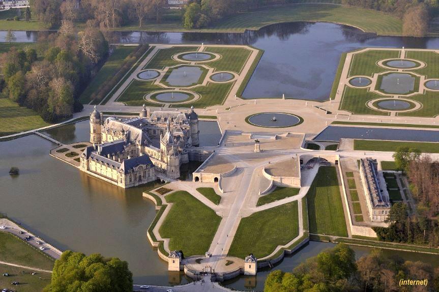 Chantilly chateau vu du ciel